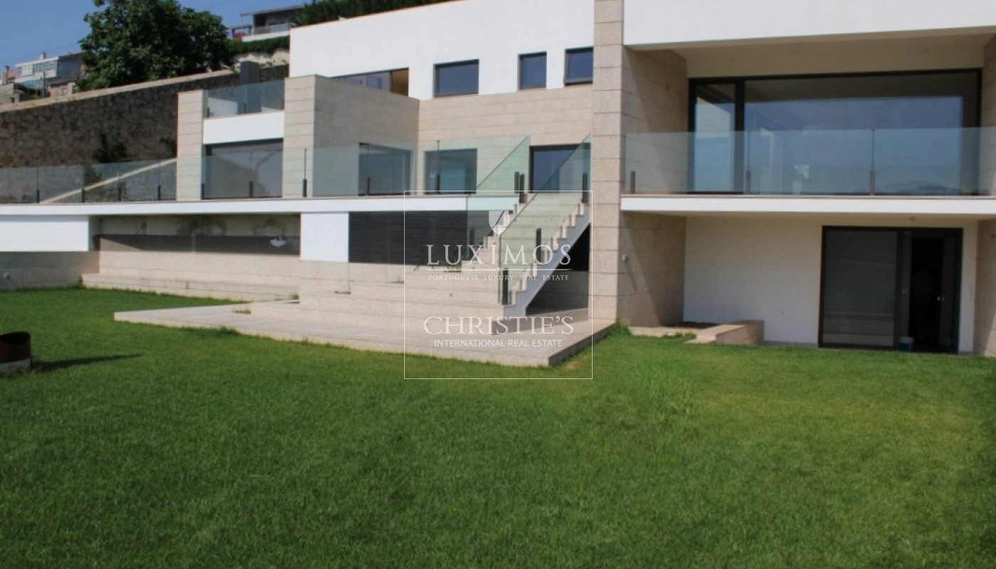 Luxury villa for sale with pool and river views, Porto, Portugal_84927