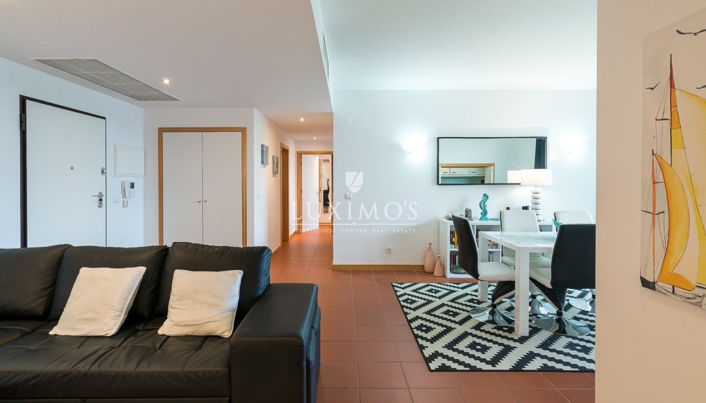 Sale of modern apartment with pool in Vilamoura, Algarve, Portugal_85417