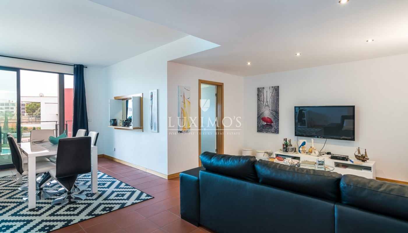 Sale of modern apartment with pool in Vilamoura, Algarve, Portugal_85420