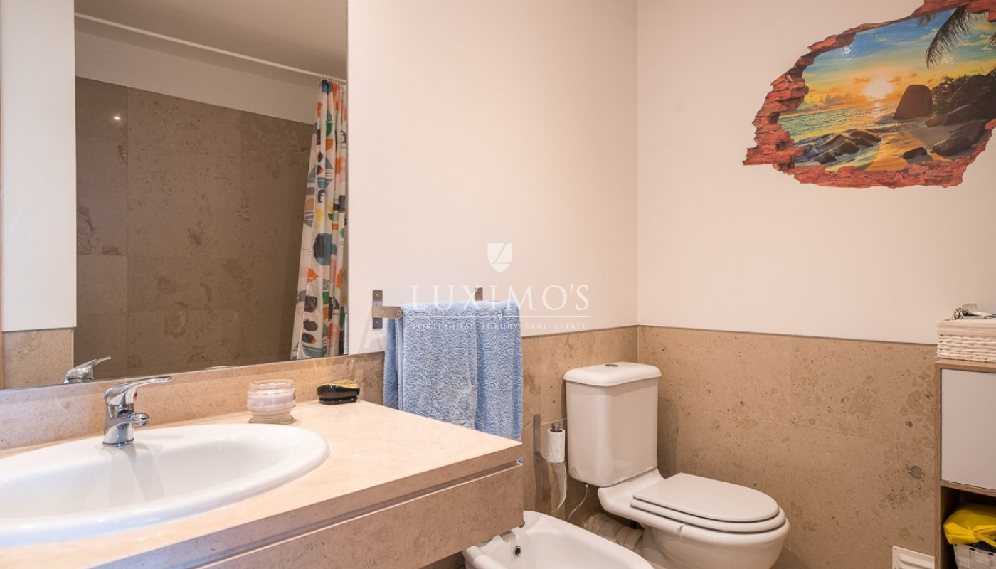 Sale of modern apartment with pool in Vilamoura, Algarve, Portugal_85430