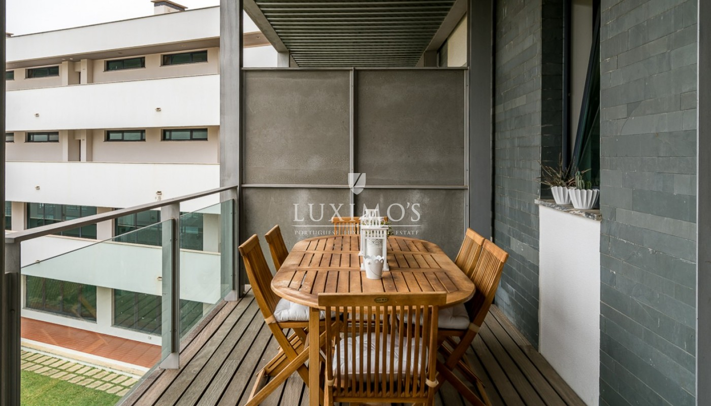 Sale of modern apartment with pool in Vilamoura, Algarve, Portugal_85435