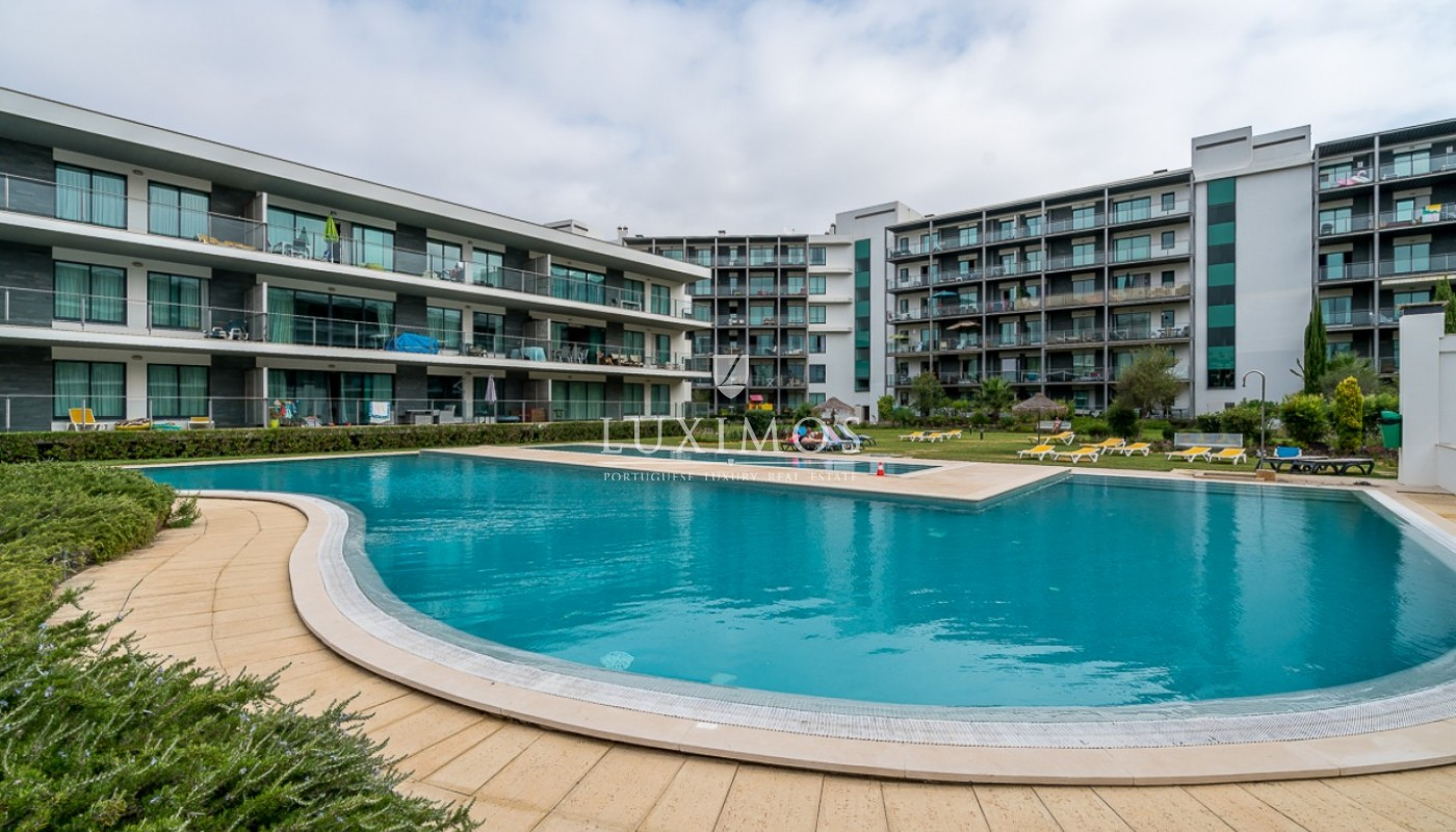 Sale of modern apartment with pool in Vilamoura, Algarve, Portugal_85449
