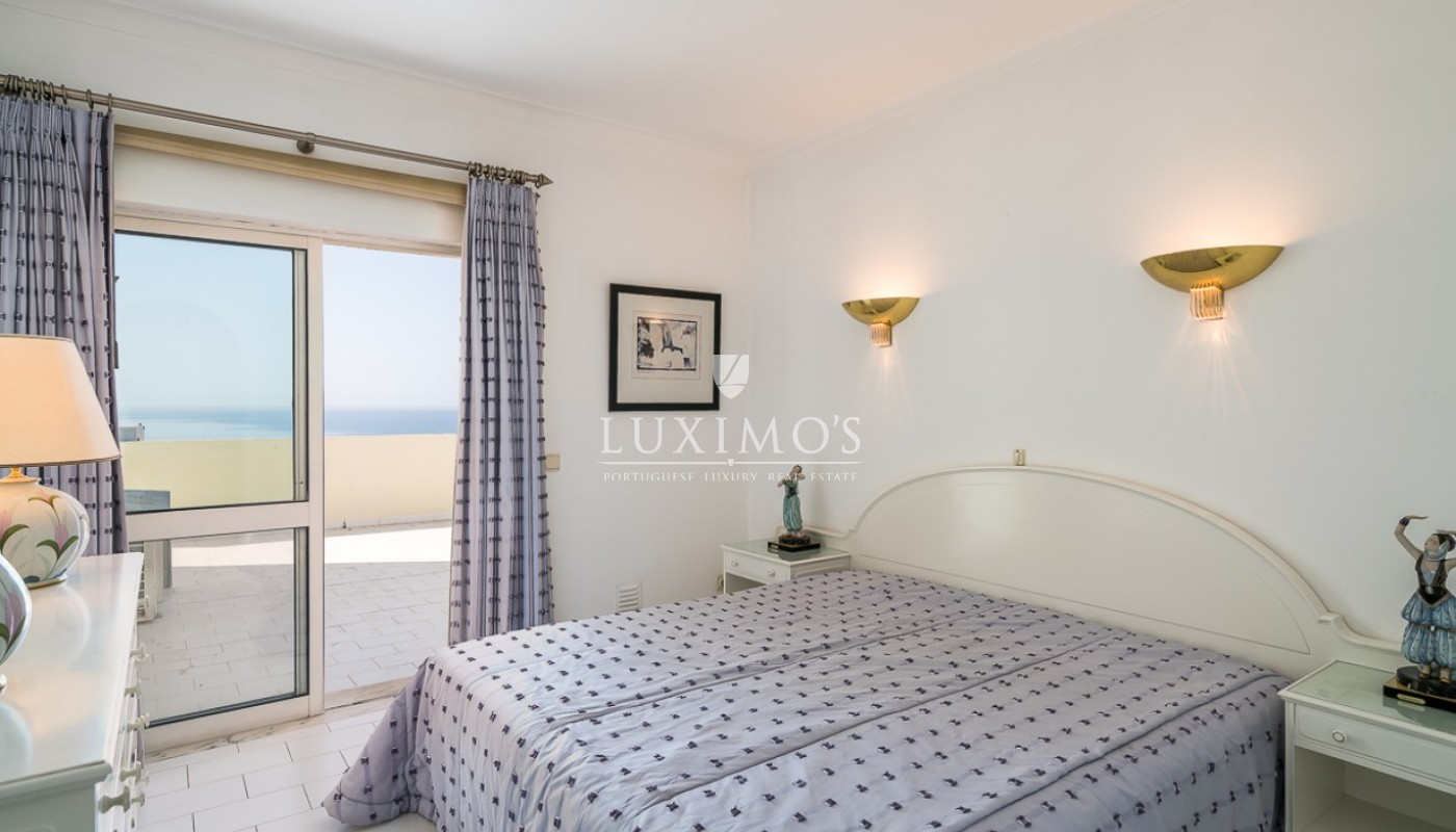 Sale of sea view penthouse apartment in Portimão, Algarve, Portugal_85492