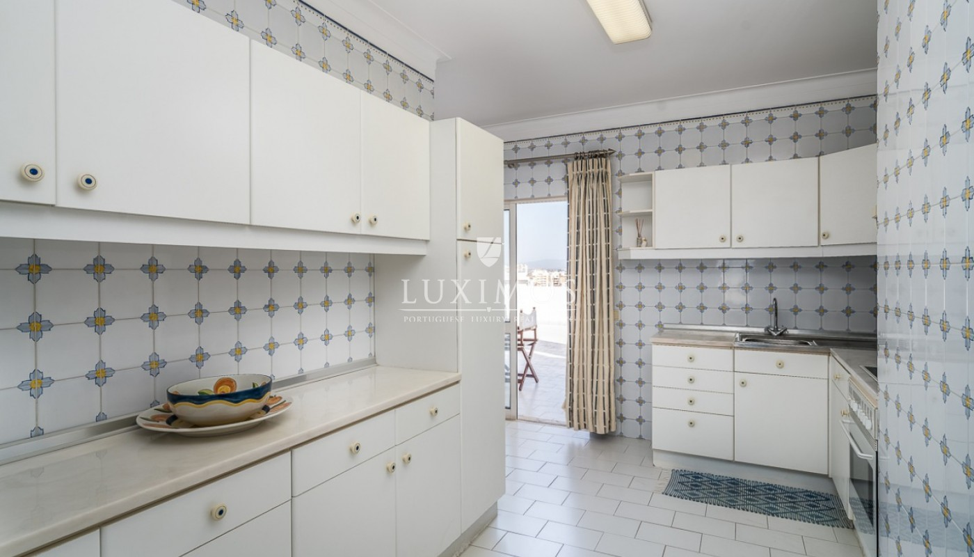 Sale of sea view penthouse apartment in Portimão, Algarve, Portugal_85494