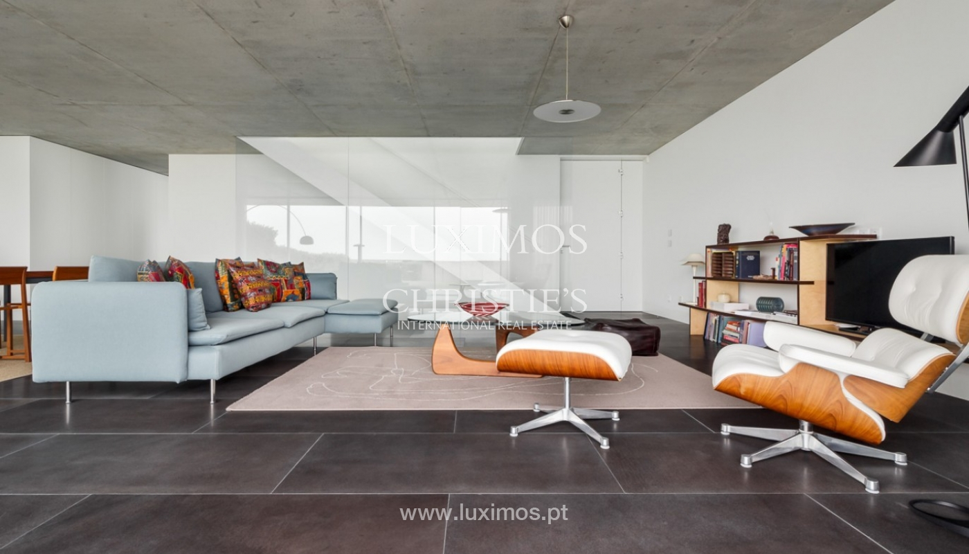 Sale of contemporary villa, 1st line of sea, Moledo, Portugal _85526