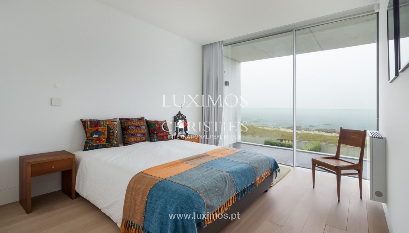 Sale of contemporary villa, 1st line of sea, Moledo, Portugal _85536