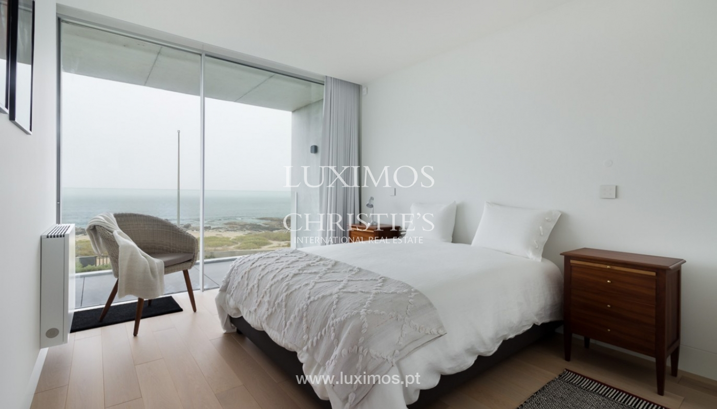 Sale of contemporary villa, 1st line of sea, Moledo, Portugal _85539