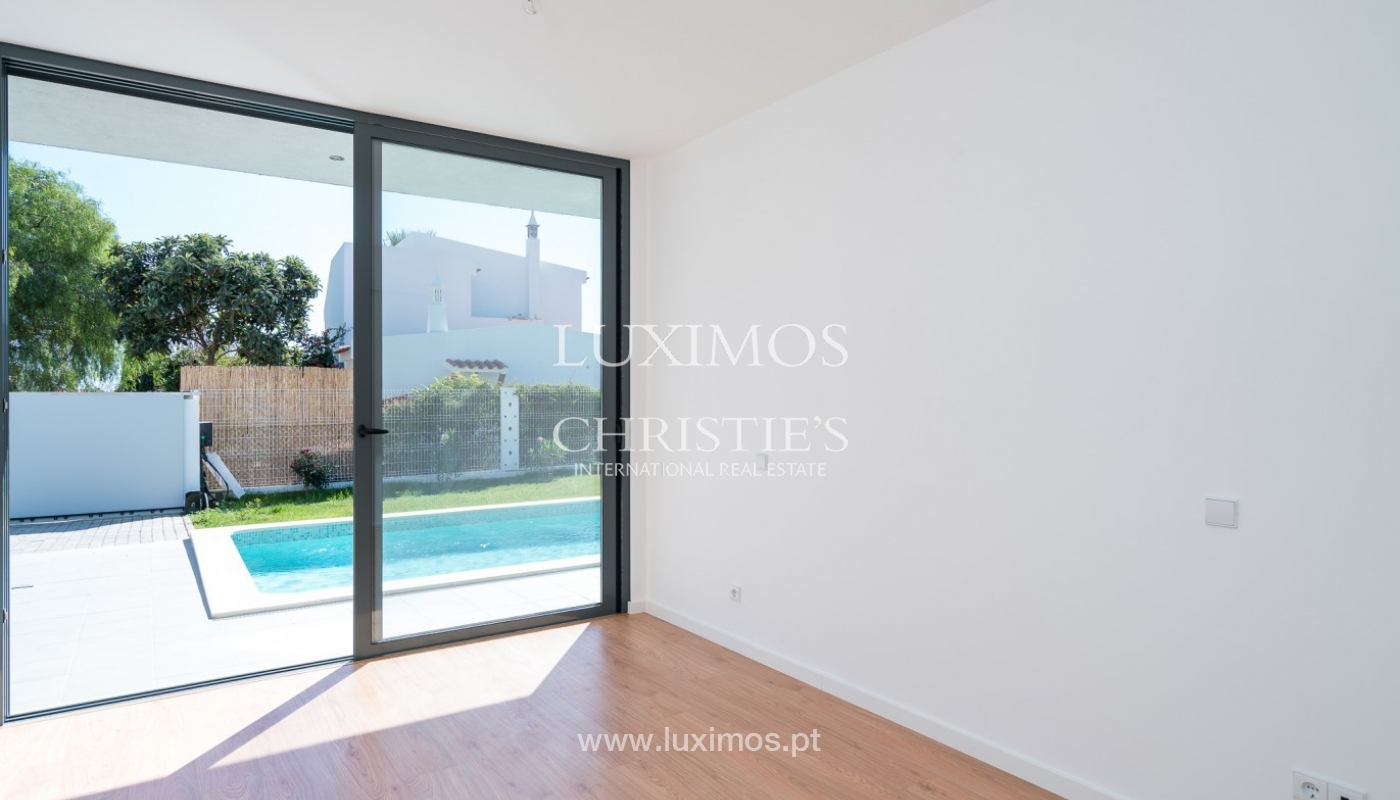 Detached villa for sale with swimming pool, near the beach, golf courses, Tavira, Algarve_86453