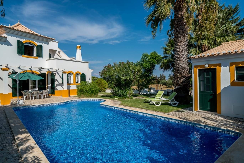 venda-de-moradia-com-piscina-em-vila-real-de-santo-antonio-algarve