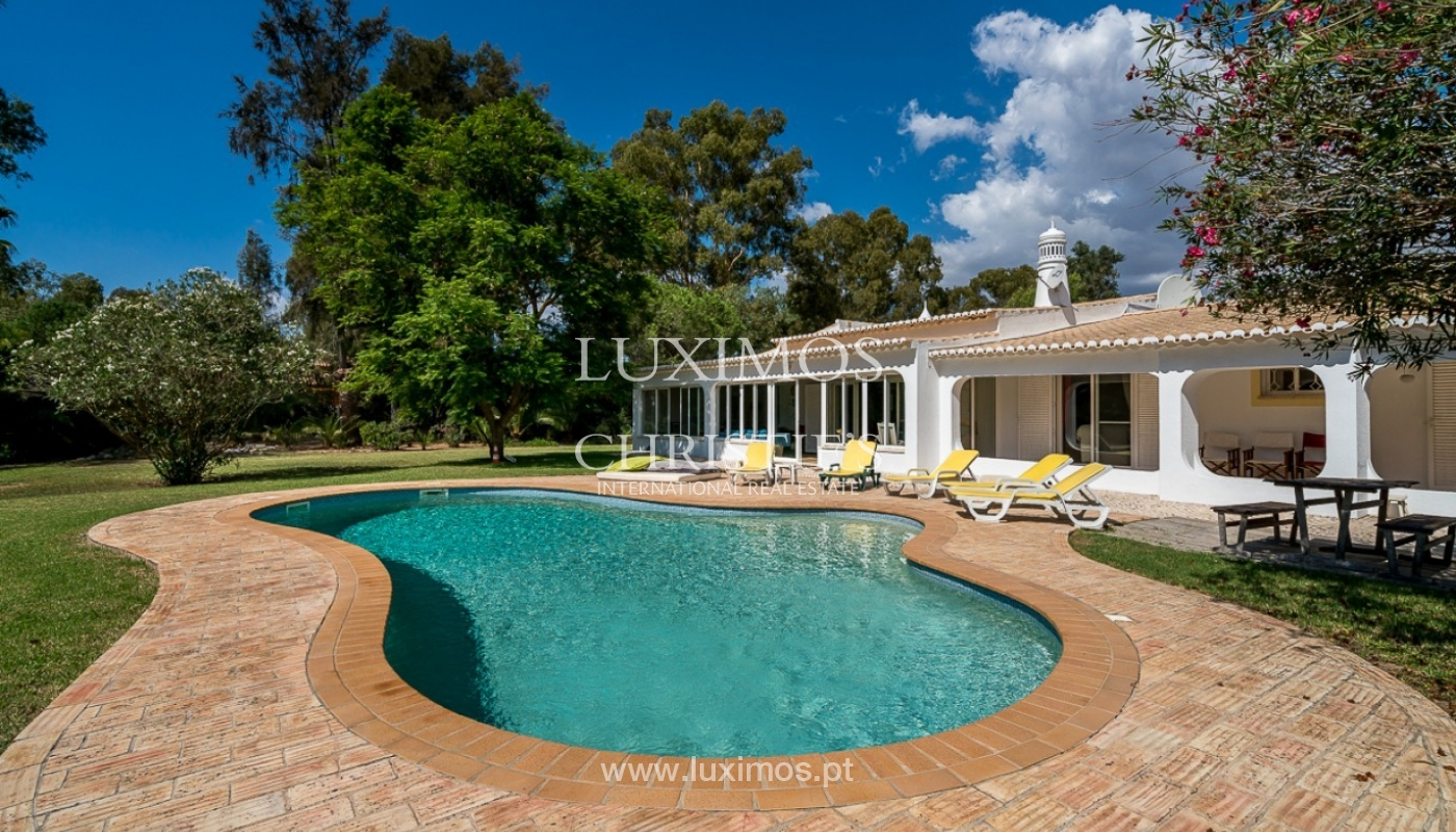Villa for sale with pool, near beach, golf, Penina, Algarve, Portugal_87001