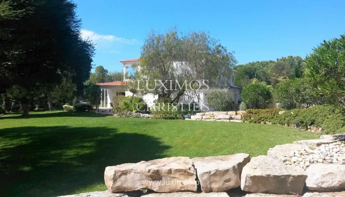Sale of villa with swimming pool in Carvoeiro, Algarve, Portugal_87478