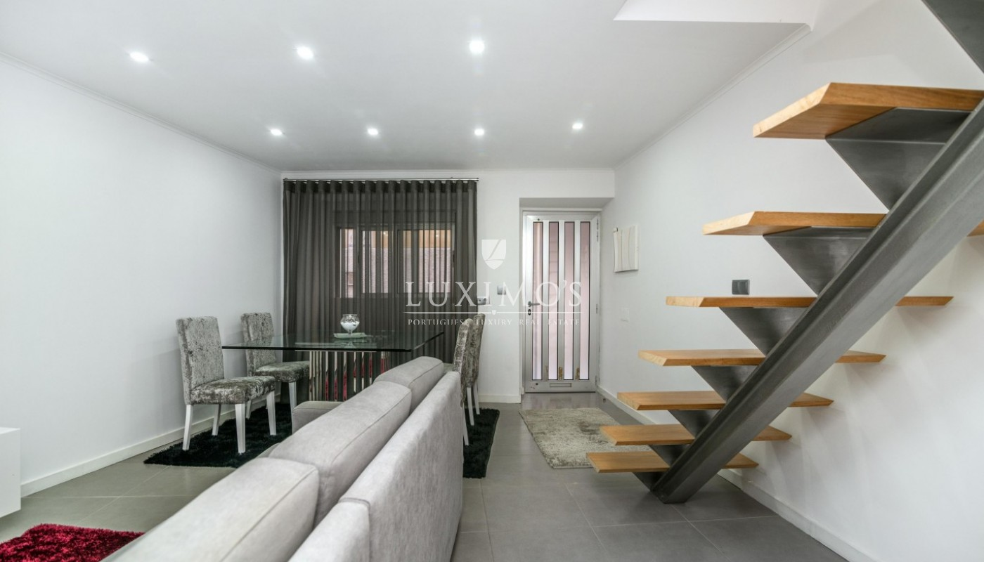 Sale of house with modern lines, Porto, Portugal_87839