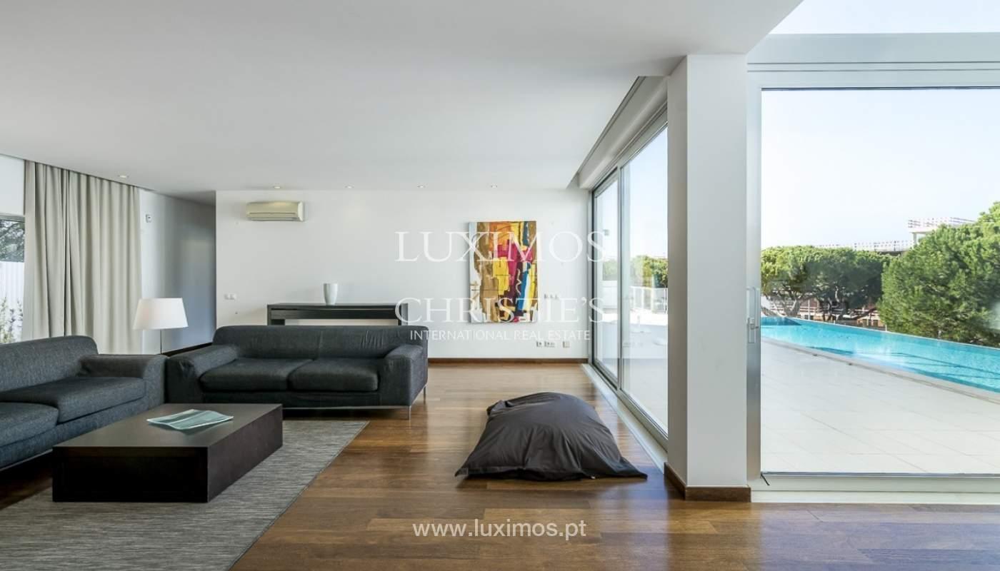 Venta de villa moderna con vista mar en Albufeira, Algarve, Portugal_89252