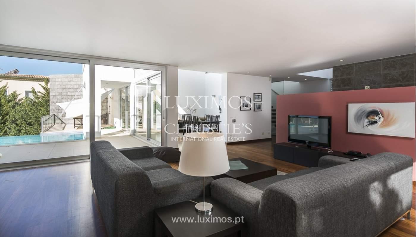 Venta de villa moderna con vista mar en Albufeira, Algarve, Portugal_89254
