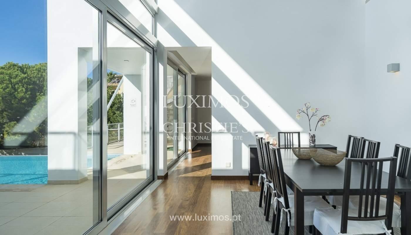 Venta de villa moderna con vista mar en Albufeira, Algarve, Portugal_89258