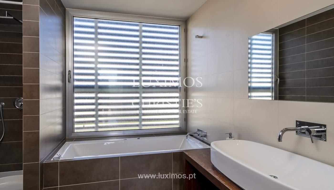 Venta de villa moderna con vista mar en Albufeira, Algarve, Portugal_89272