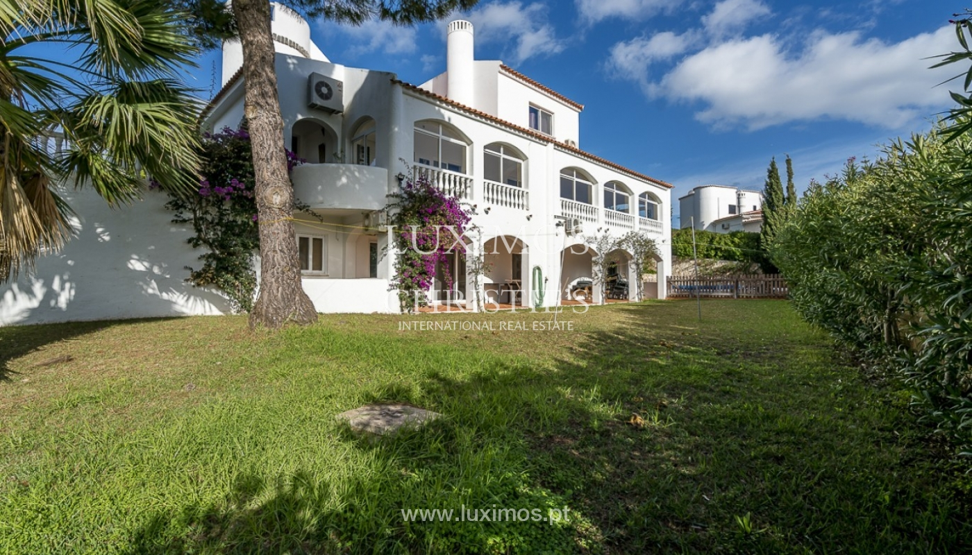 Sale of villa with pool and garden in Carvoeiro, Algarve, Portugal_89332