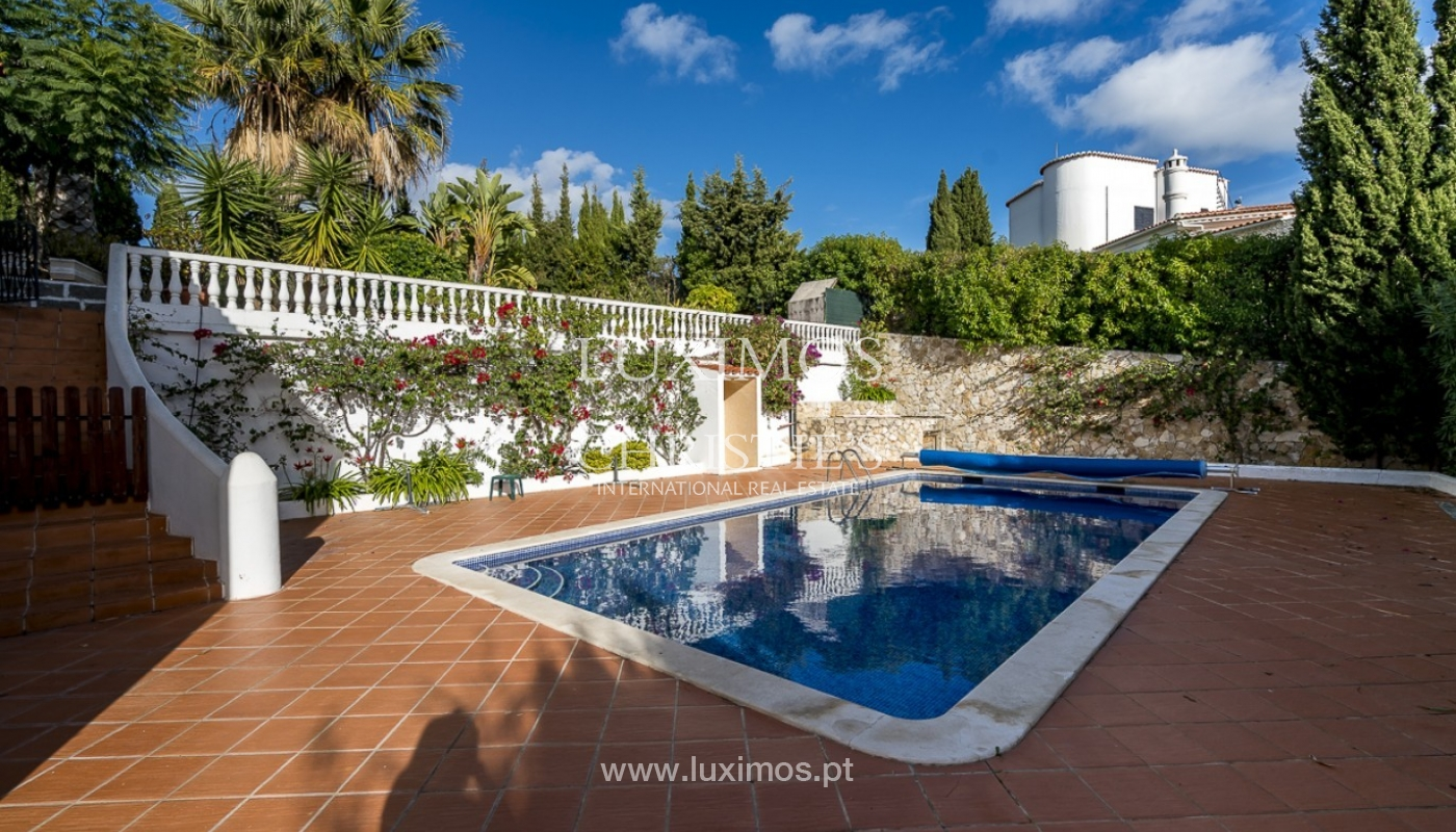 Sale of villa with pool and garden in Carvoeiro, Algarve, Portugal_89333