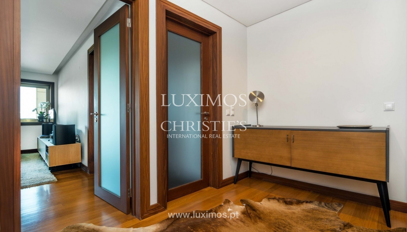 Contemporary apartment for rent with views of river, Porto, Portugal _89395