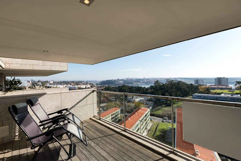 cobertura-moderna-com-vista-rio-para-venda-nos-pinhais-da-foz-porto-portugal