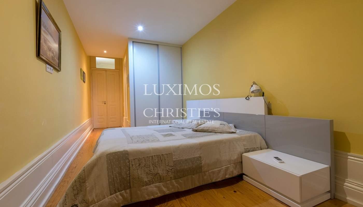 Rehabilitated building with 3 apartments, University campus, Porto_89754