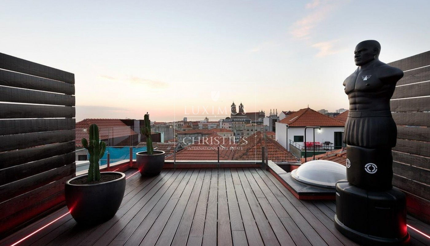 Sale of Stylish house in heart of Porto with stunning views, Portugal_90952