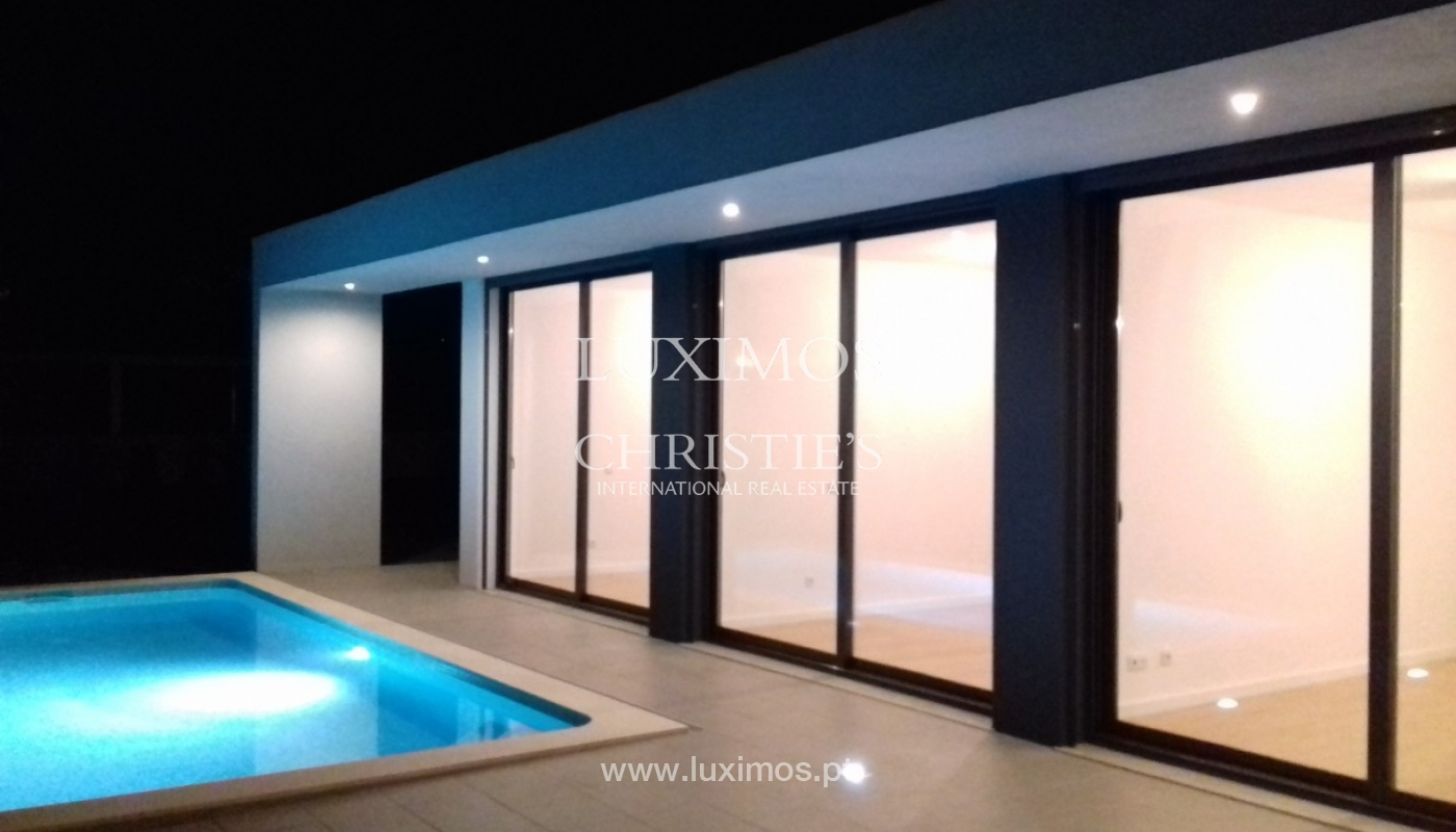 Detached villa for sale with swimming pool, near the beach, golf courses, Tavira, Algarve_91119