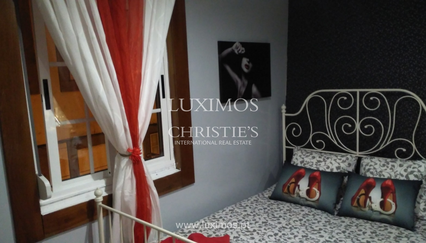 Building of 3 floors, for sale, Downtown Porto, Portugal_91224