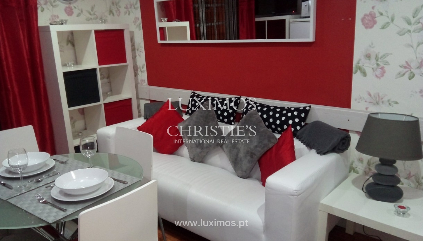 Building of 3 floors, for sale, Downtown Porto, Portugal_91243