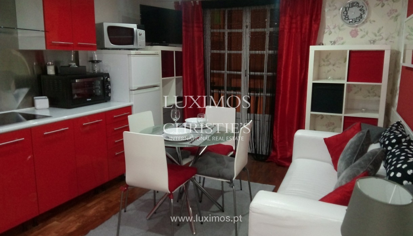Building of 3 floors, for sale, Downtown Porto, Portugal_91244