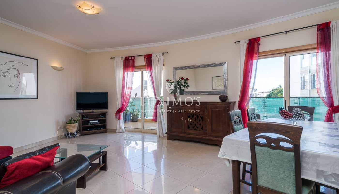 Sale of modern apartment with pool in Lagos, Algarve, Portugal_91792