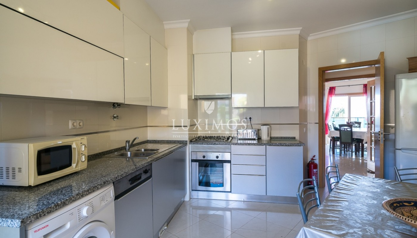 Sale of modern apartment with pool in Lagos, Algarve, Portugal_91799