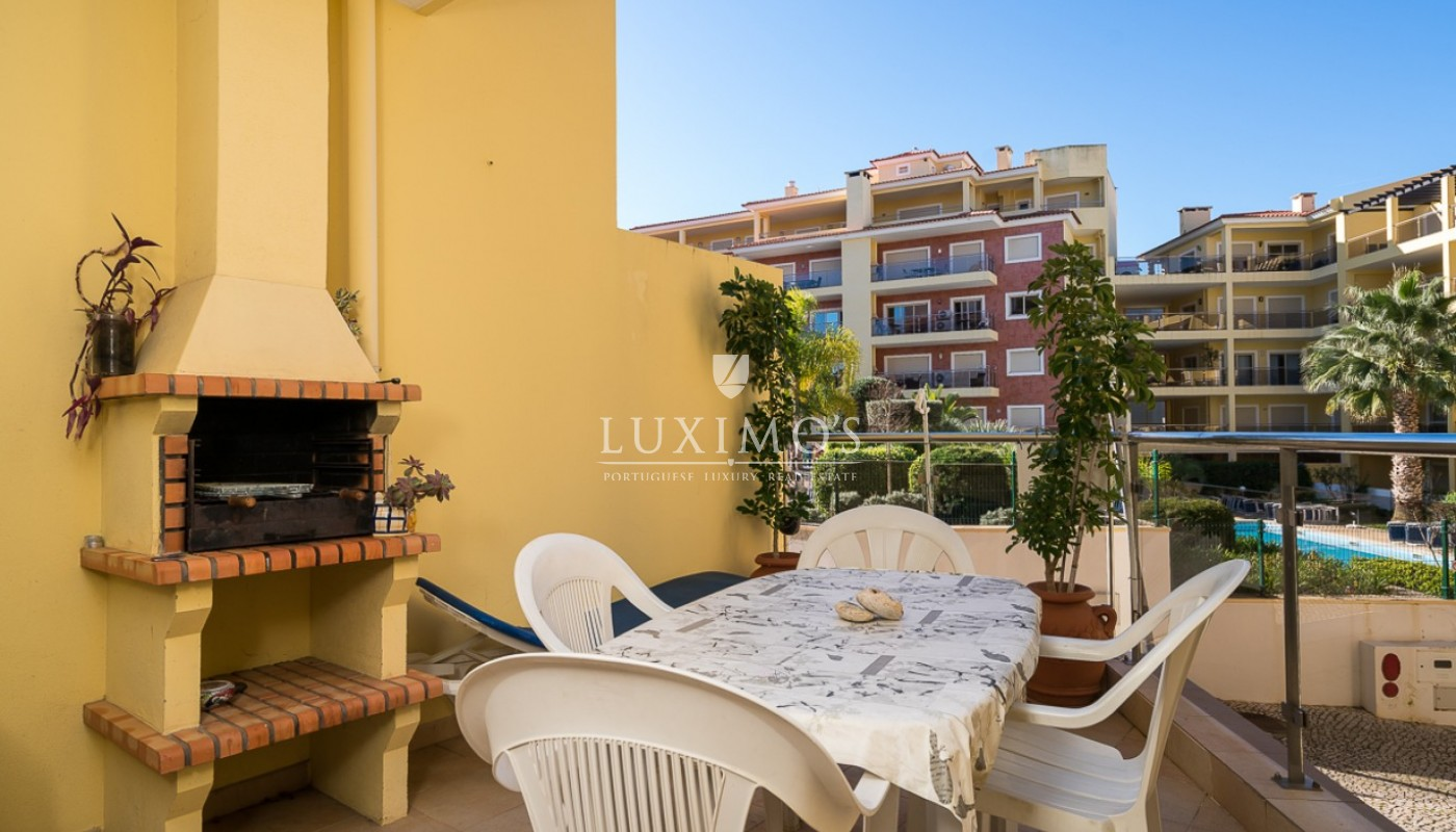 Sale of modern apartment with pool in Lagos, Algarve, Portugal_91800