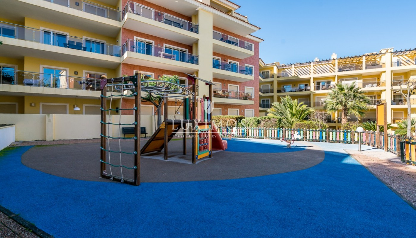 Sale of modern apartment with pool in Lagos, Algarve, Portugal_91804