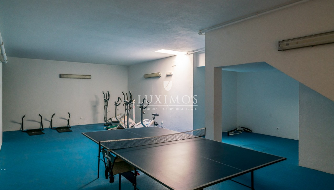 Sale of modern apartment with pool in Lagos, Algarve, Portugal_91807