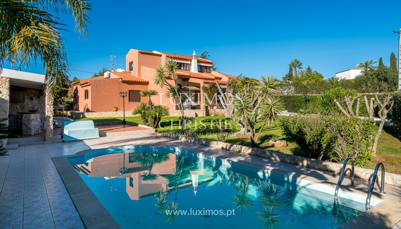 Sale of villa with pool in Portimão, Algarve, Portugal_91829
