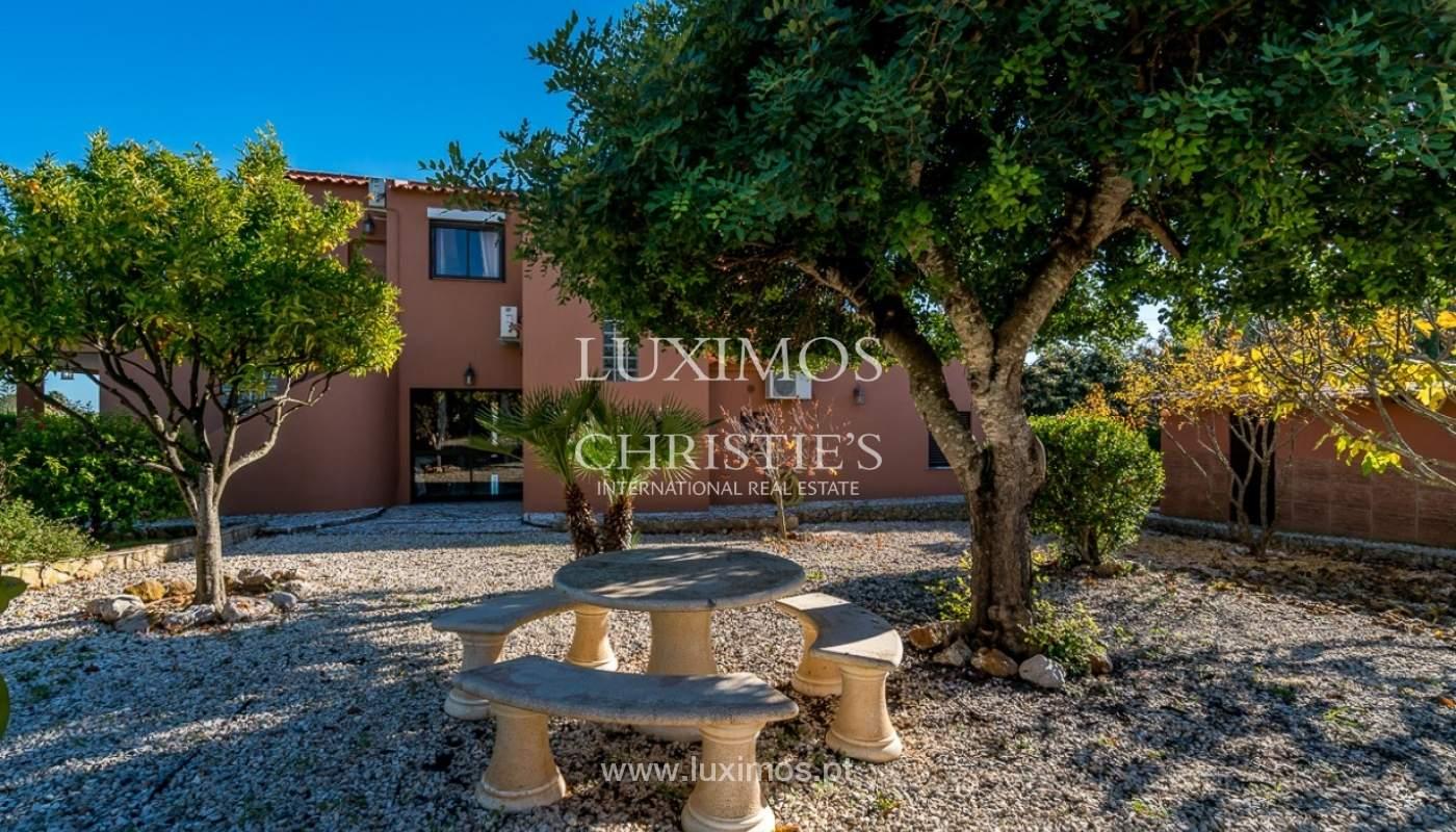 Venda de moradia com piscina em Portimão, Algarve_91834