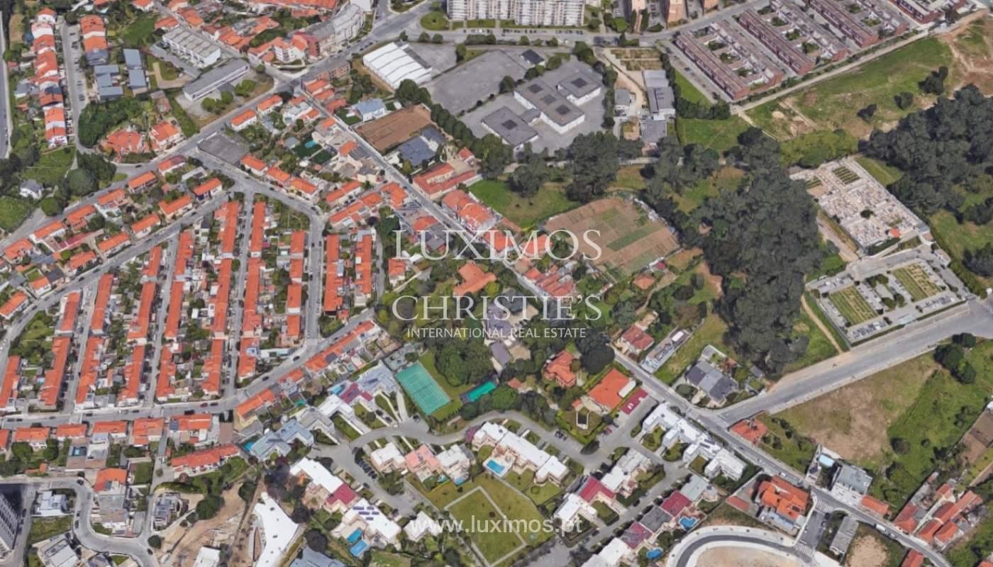 Verkauf von Haus mit Garten in der Nähe vom Strand, Porto, Portugal_91950