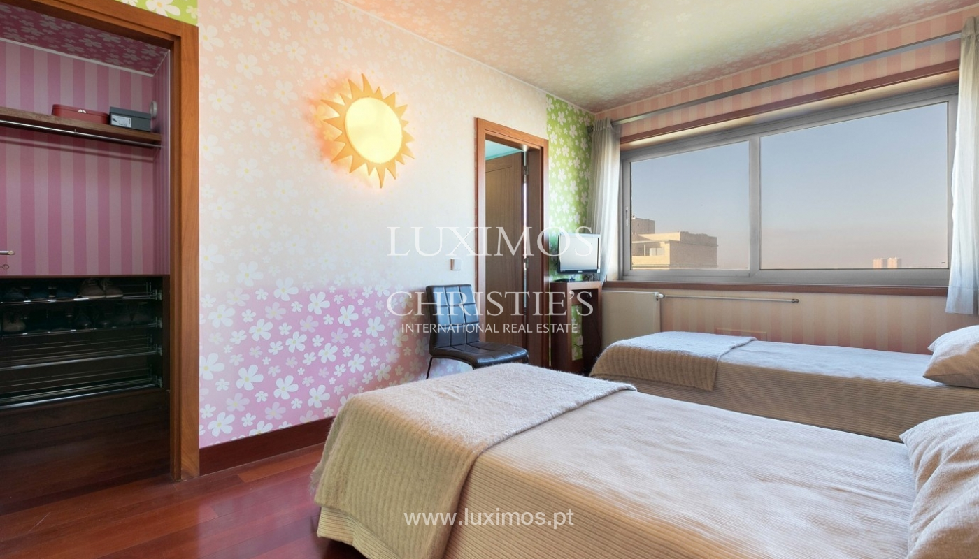 Sale of apartment with ocean views, Matosinhos Sul, Porto, Portugal_92024