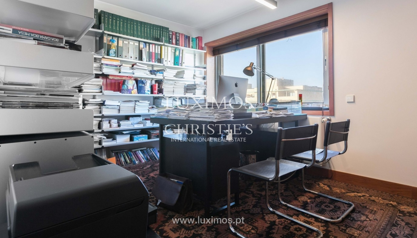 Sale of apartment with ocean views, Matosinhos Sul, Porto, Portugal_92029