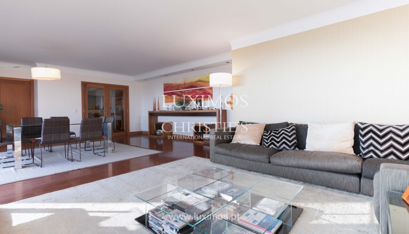 Sale of apartment with ocean views, Matosinhos Sul, Porto, Portugal_92040
