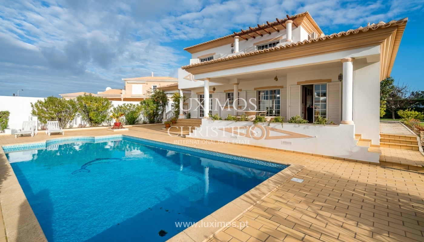 Sale of villa with pool and sea view in Albufeira, Algarve, Portugal_92159