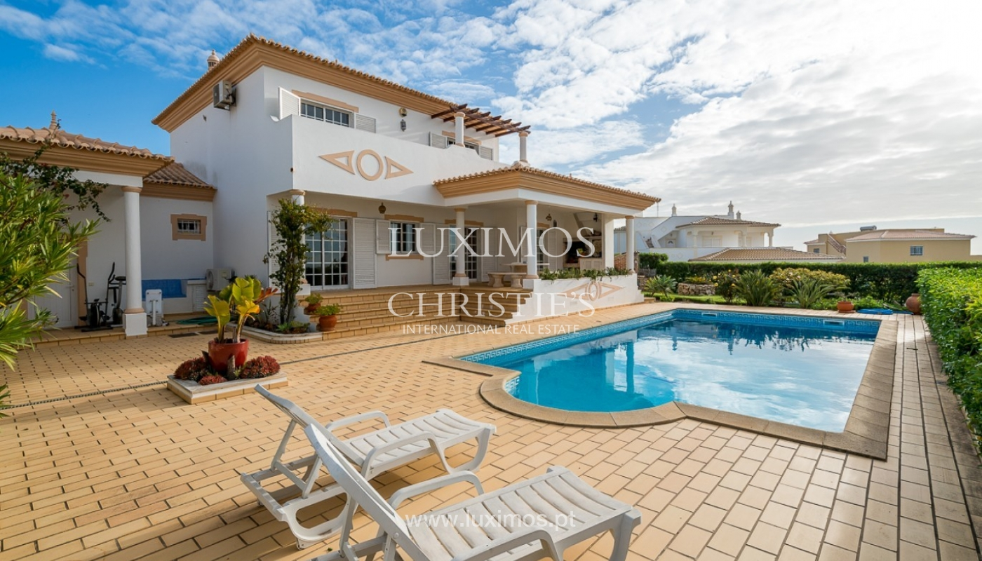 Sale of villa with pool and sea view in Albufeira, Algarve, Portugal_92165