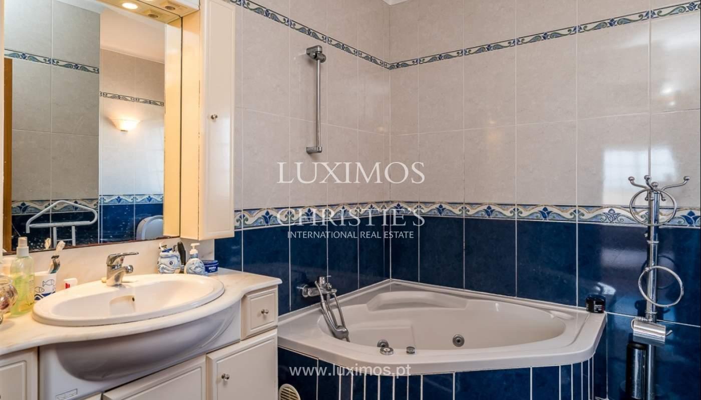 Venda de moradia com piscina e vista mar em Albufeira, Algarve_92184