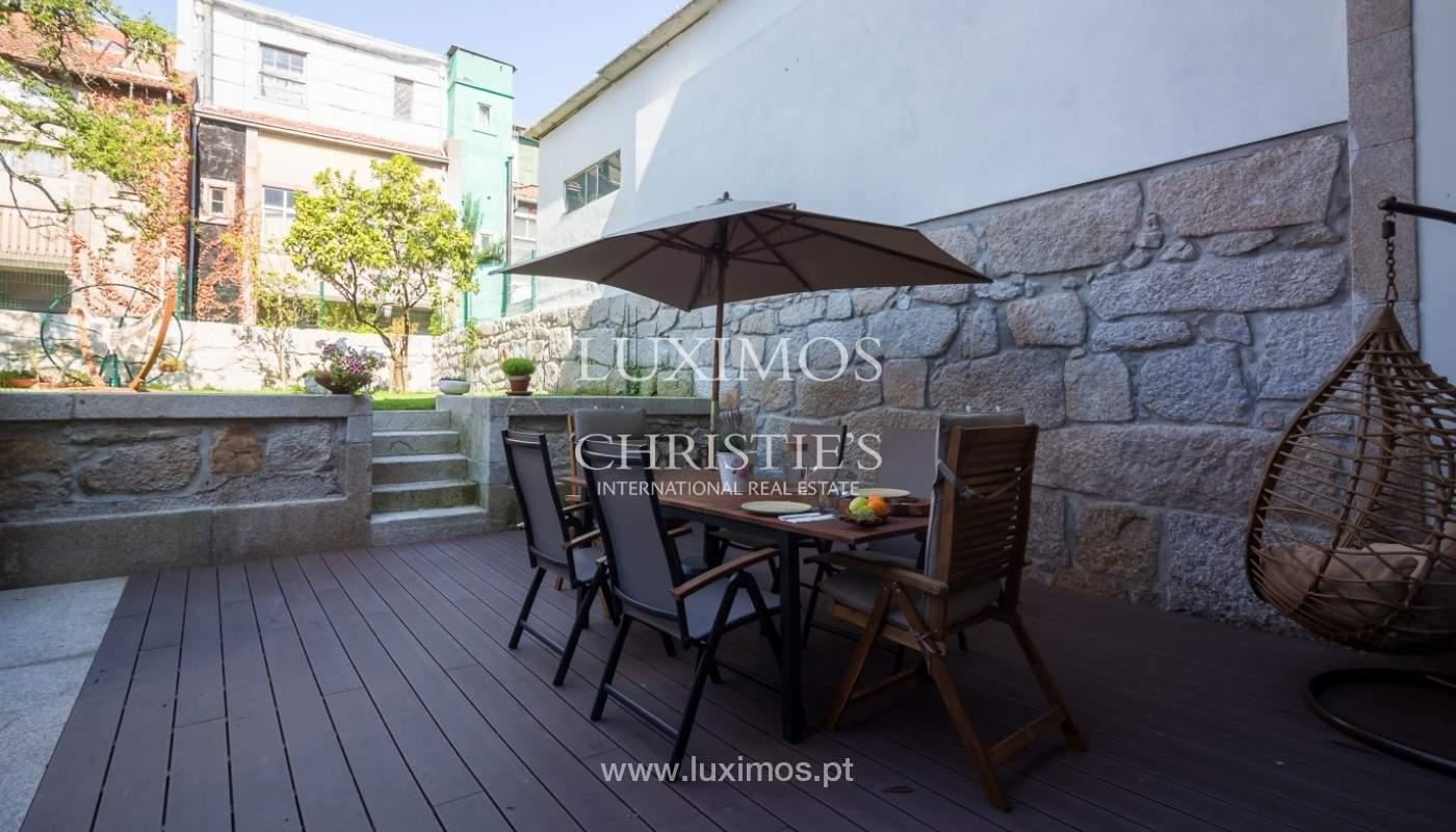 Moradia contemporânea com jardim para venda, no Porto_92208