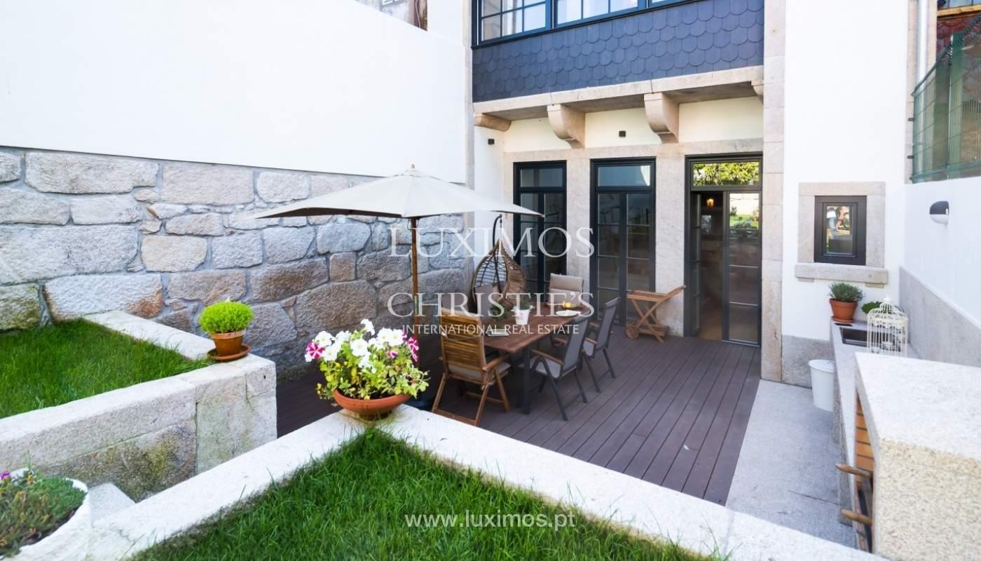 Moradia contemporânea com jardim para venda, no Porto_92219