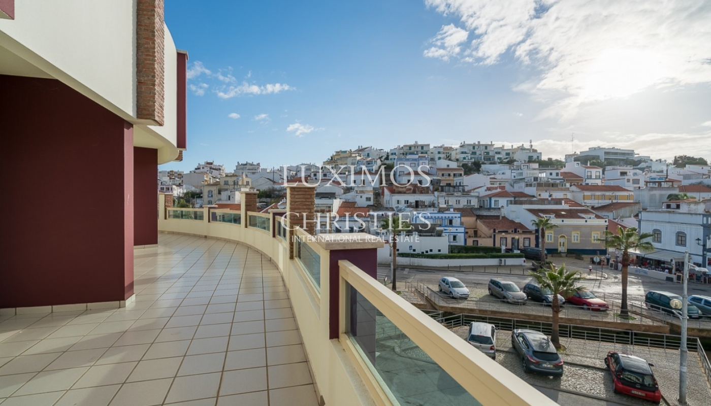 Sale of sea view new apartment in Ferragudo, Lagoa, Algarve, Portugal_92567