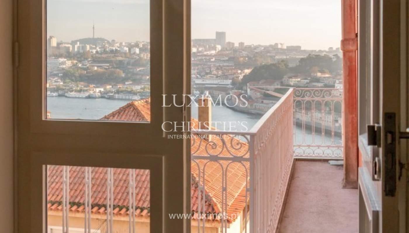 Appartement avec vue sur la rivière, dans le centre ville de Porto, Portugal _92827