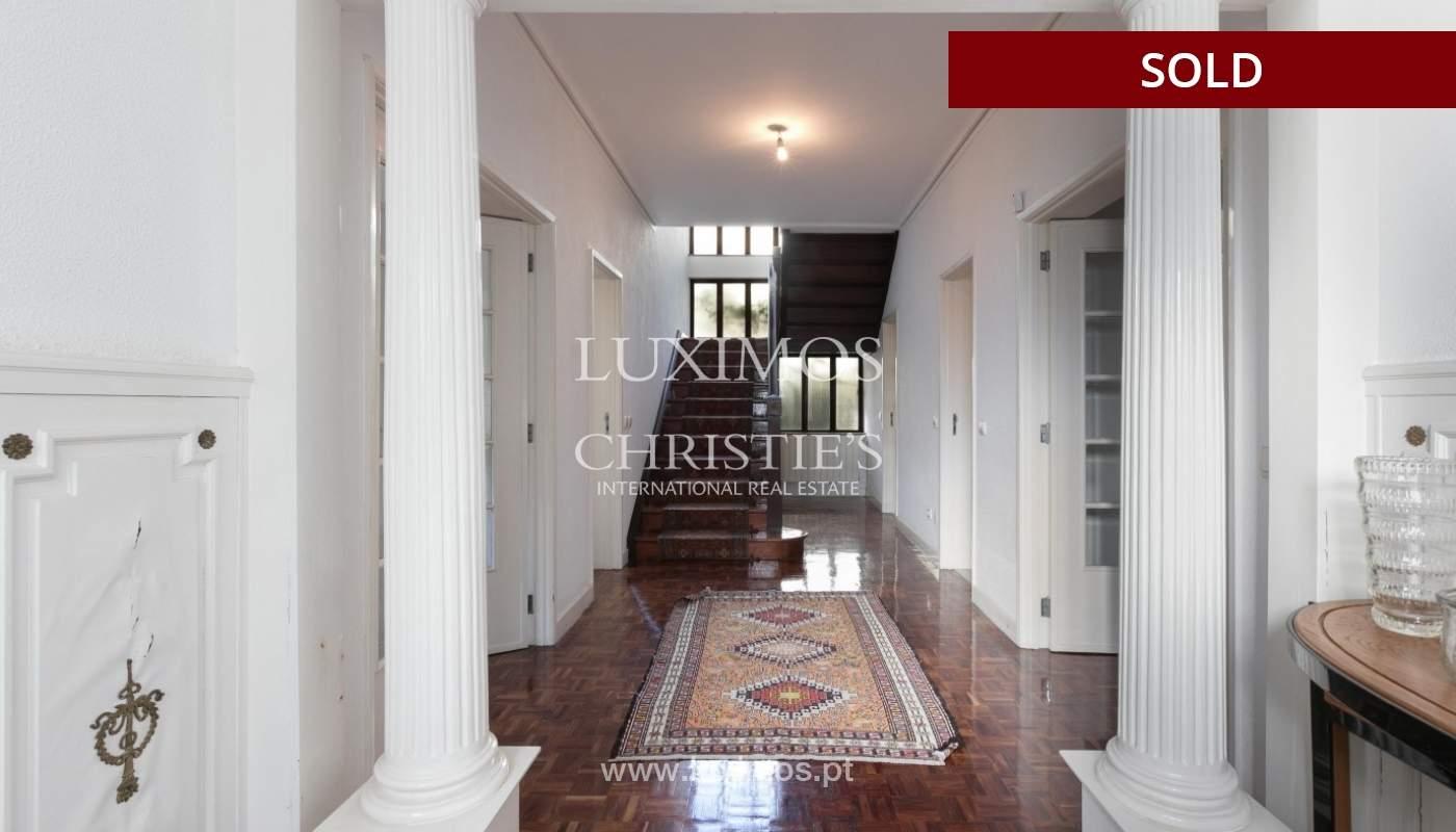 Sale of Villa with garden and lake, Porto, Portugal _93045