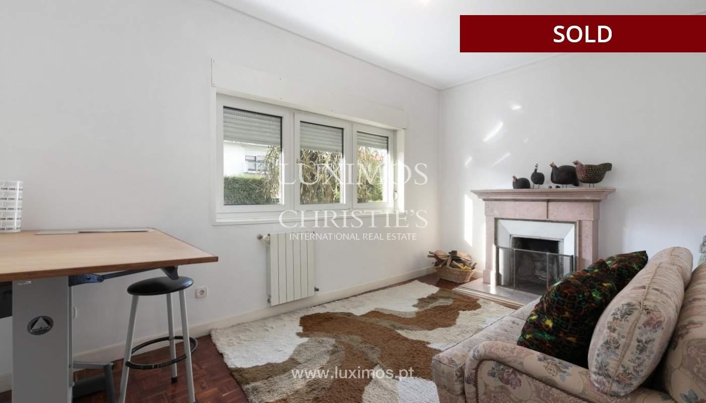 Sale of Villa with garden and lake, Porto, Portugal _93048
